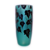 Emerald and Black Ivy Vase 8530 Correia Glass