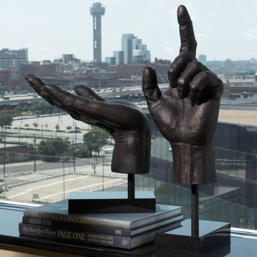 Open Hand Sculpture - 8.80448