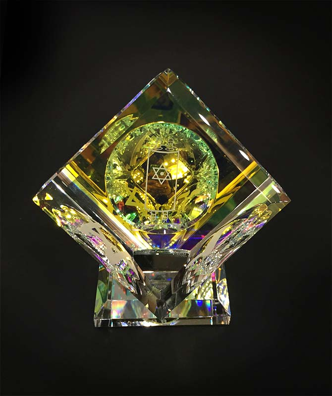 Single Crystal Cube with 3 Judaica Images by Harold Lustig, Tora