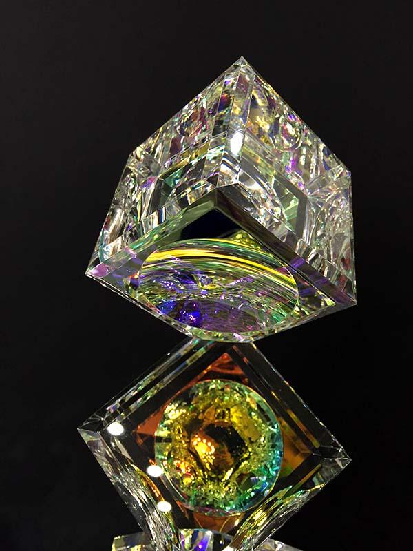 3 Tumbling Cyrstal Cubes on Base by Harold Lustig, Detail